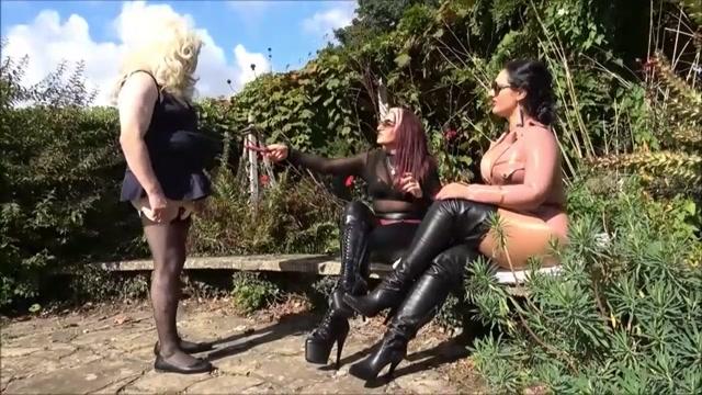 Brat Princess 2, Ava: Beautiful Blonde Bubble Butt Face Sitting Sessio 00000