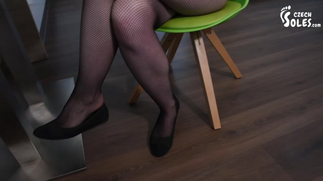 Czech Soles - Seducing you with her sweaty feet in worn pantyhose 00001