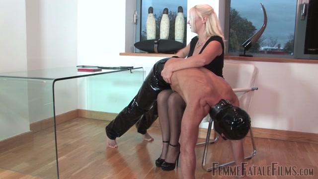 Femme Fatale Films, Divine Mistress Heather Office Apprentice 00004