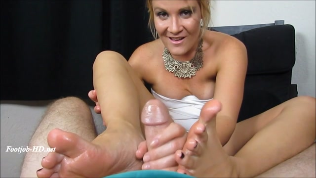 Foot Dr Makes a Housecall for Whit pt2 - Whitney Morgan - FootJob 00014