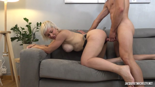 JacquieEtMichelTV presents Kim, 41, An Unreal Milf From Reims – 09.09.2021 00006