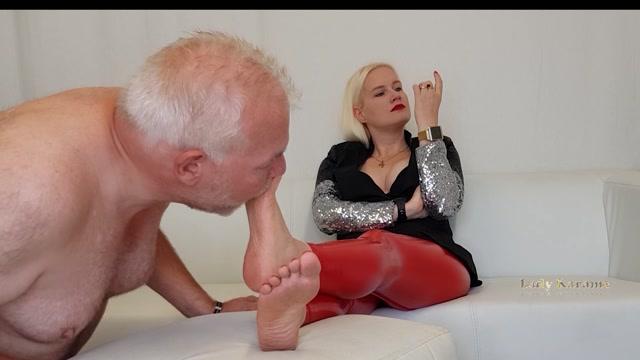 Lady Karame - Dirty feet foot of a German Goddess Mistresss Domina 00003