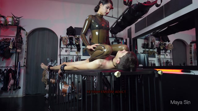 Maya Sin Smothered with my ass and feet 00003