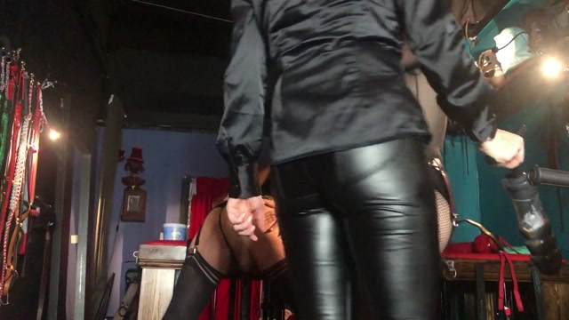Miss Ruby Marks - stretching the dirty little whore out – Miss Ruby, Miss Suzanna, Mistress Inka – MISTRESS MARKS 00006