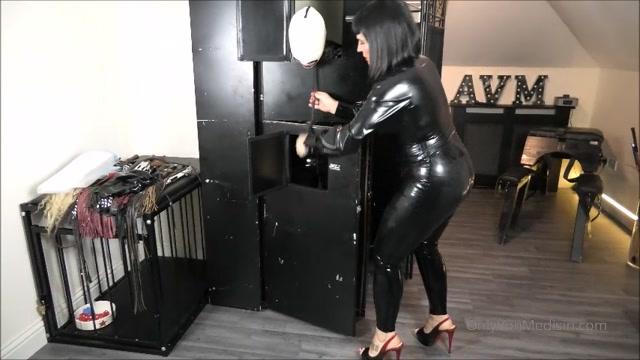 Mistress Ava Von Medisin - How Far Will I Go 00014