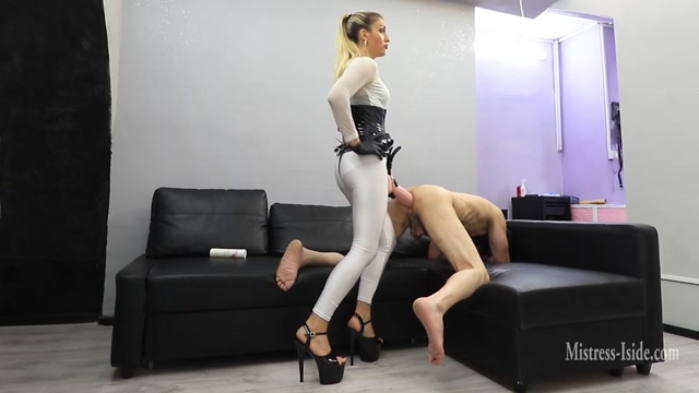 Watch Online Porn – Mistress Iside – Anal Impalement (MP4, FullHD, 1920×1080)