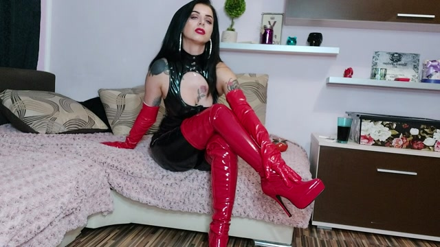 Money Goddesss - Junkie Sniffing for my Pvc Boots 00007