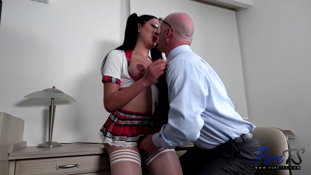 Pure-ts presents Nathaly Lisseth Knowing Her Professor's Weakness – 15.09.2021 00000