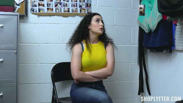 Watch Online Porn – TeamSkeet – Shoplyfter presents Lyra Lockhart – Case No. 7906162 – The Recognizable Theif – 29.09.2021 (MP4, SD, 848×480)