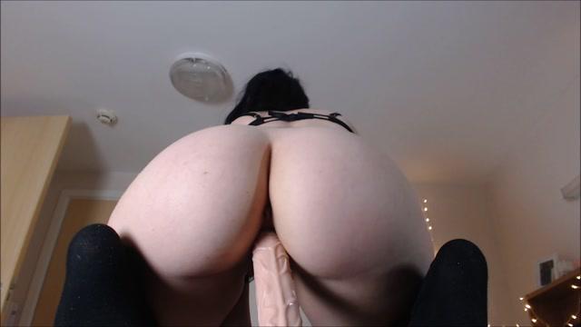Watch Online Porn – daddyslittlegirl – Upclose reverse cowgirl BJ and creampie (MP4, FullHD, 1920×1080)