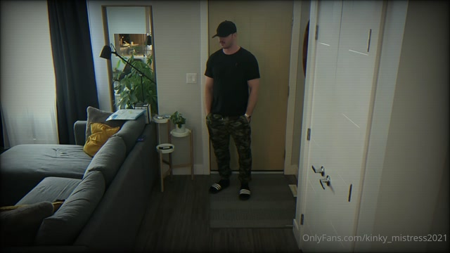 kinky_mistress2021 31-08-2021 -  Security Camera catches my Ball busting experience with the Delivery Driver244 00000