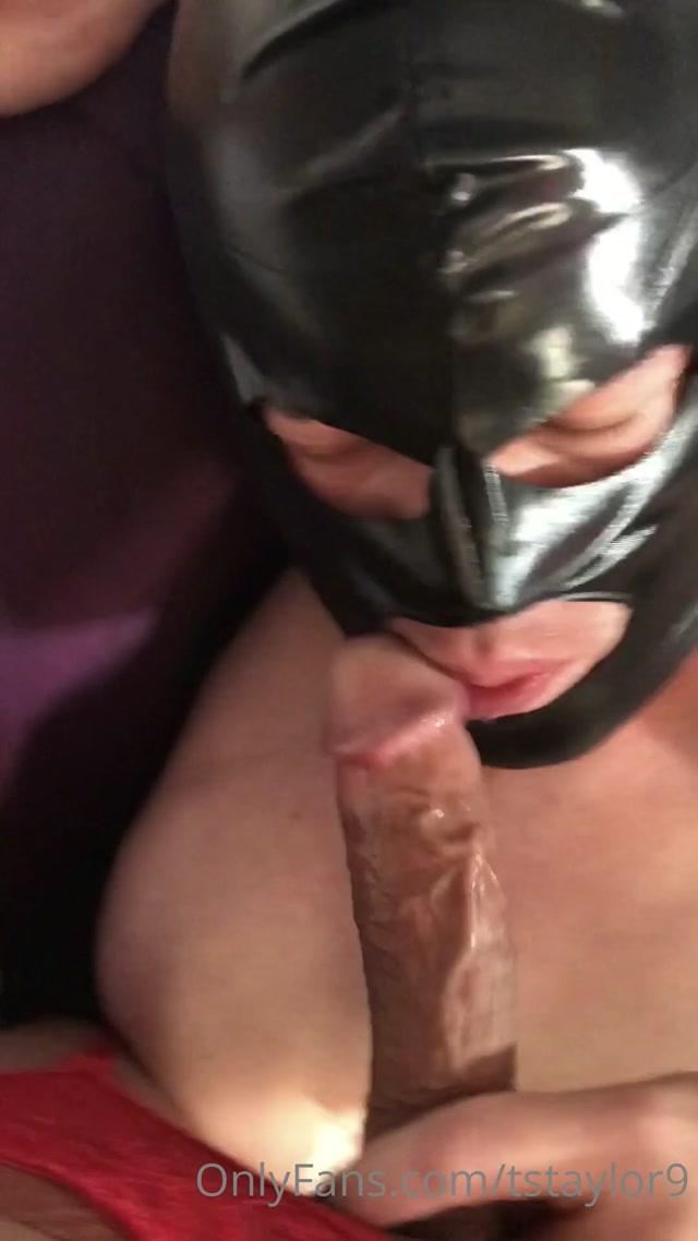 tstaylor9 19-06-2020-446741497-He loves taking turn fucking(Full Video) He gently suck 00004