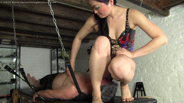 1263 - Mistress Amrita - Eastern Promise 00002