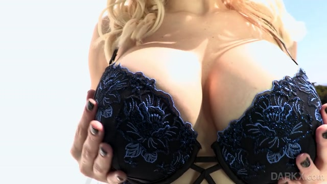 DarkX presents Kenzie Taylor Curvy Kenzie Loves Cock – 17.10.2021 00000