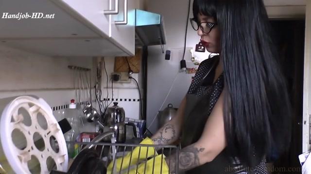 Dish Washing And Handjob - Absolute Femdom - HandJob 00001