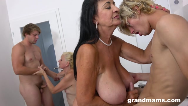 GrandMams 21.09.25 Lilian Black And Lena S Cougars And Toyboys 00004