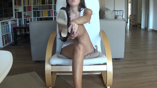 Italian Pleasure Girl - L