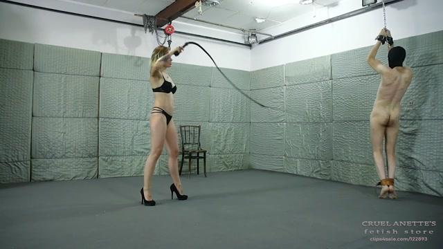 Watch Online Porn – Long, slender bullwhip – CRUEL ANETTES FETISH STORE (MP4, HD, 1280×720)