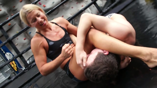 Mixed Wrestling Zone, BATTLE RING Bout #20 - Skills and Punishment 00004