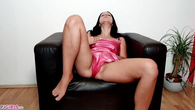 PJGirls - Julia Parker - Julia at Home - 2021-09-09h 00000
