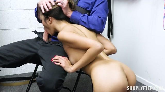 Watch Free Porno Online – TeamSkeet – Shoplyfter presents Alexia Anders – Case No. 7906166 – The Bikini Thief – 27.10.2021 (MP4, HD, 1280×720)