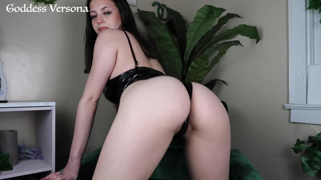 The English Mansion – Mistress Sidonia, Pleasure Your Mistress - VR 00011