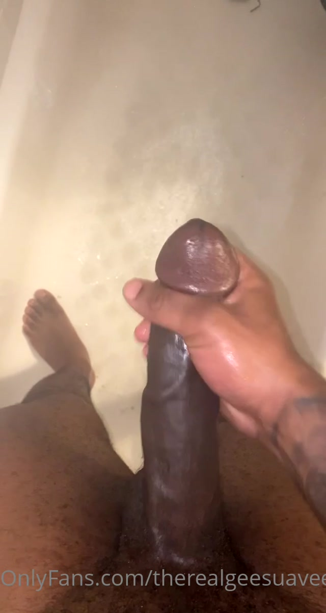 therealgeesuavee 2021.04.23 2090713153 Quick Shower Nut Sorry sound is messed up 00001
